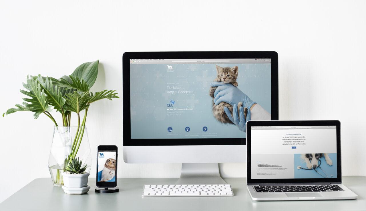 Set of digital devices screen mockup
